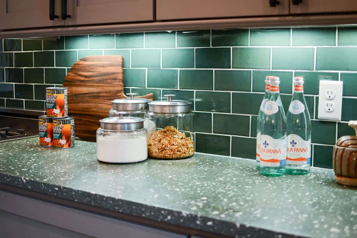 7 Tips for decorating a GREEN kitchen: use a green subway tile to create a stunning backsplash.