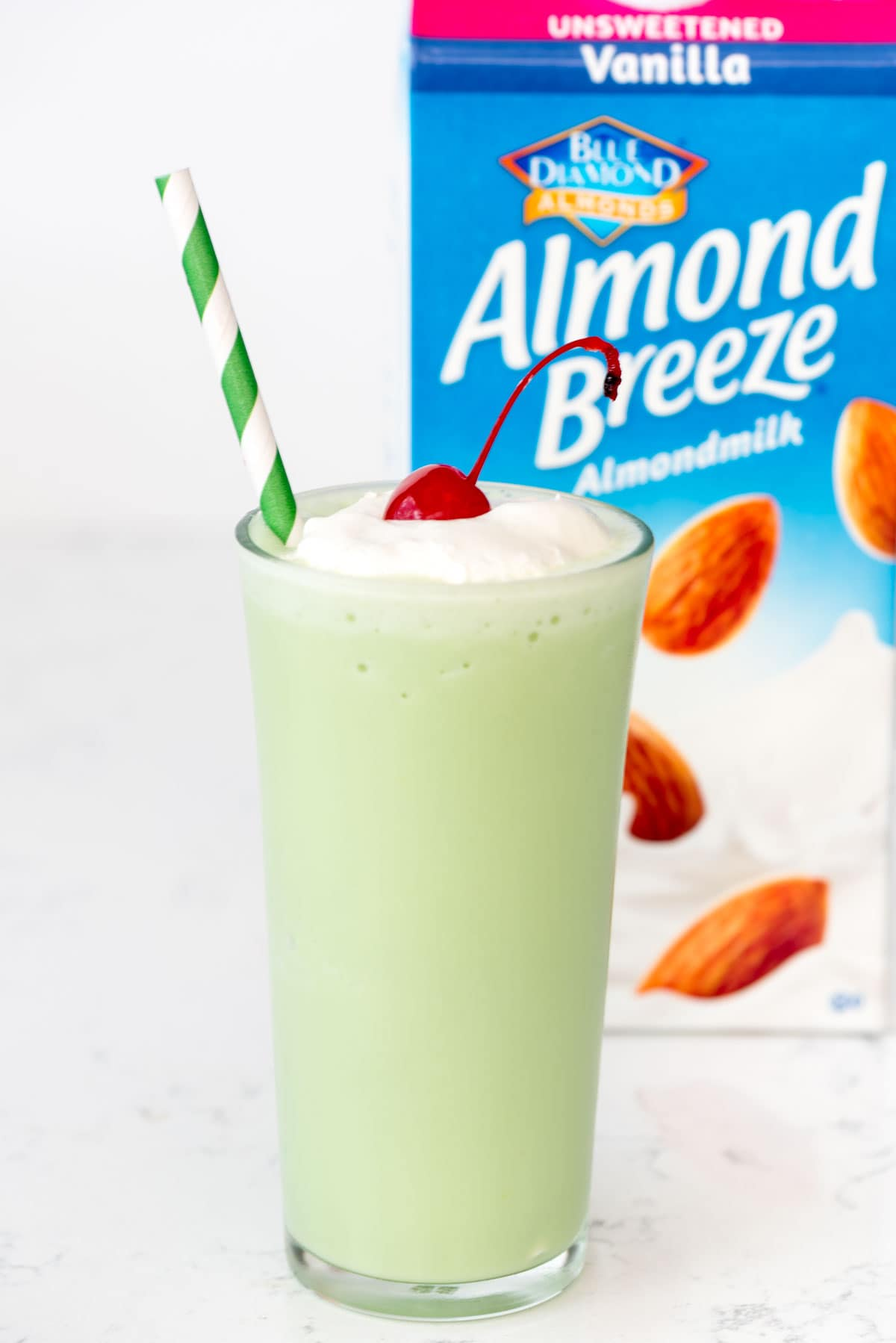 Copycat Mint Shake with Almond Breeze
