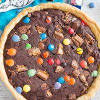 Candy Bar Brownie Pie