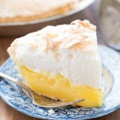 Aunt Tootsie's Lemon Meringue Pie - this recipe is a family favorite! It's an easy pie recipe with homemade lemon filling and meringue. Everyone loves it!