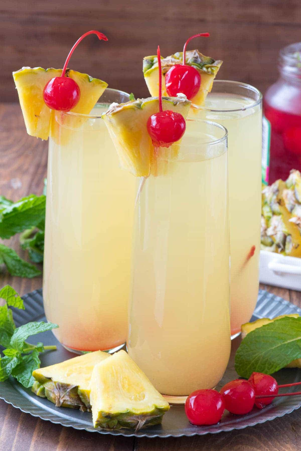 Hawaiian mimosas crazy for crust for Easy alcoholic mixed drinks