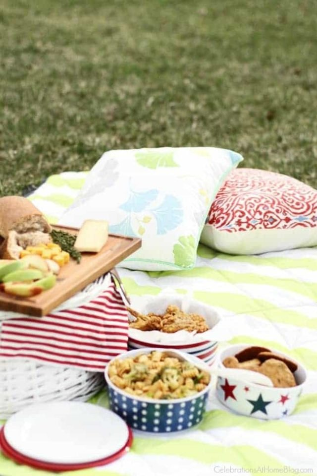 How to Host a Family Picnic