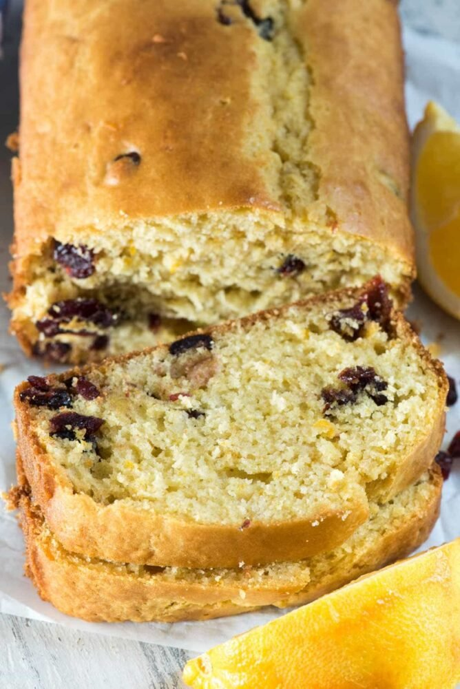 Cranberry Orange Bread - a quick bread that's perfect for all year long!