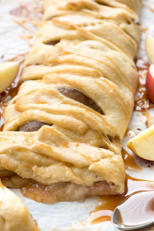 Easy Caramel Apple Strudel Recipe with just 3 ingredients!