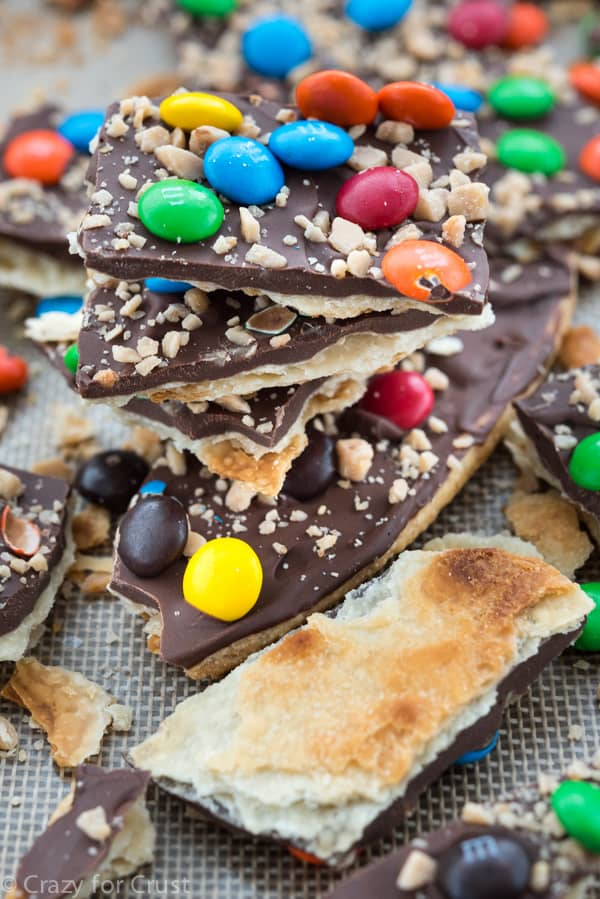 Easy Pie Crust Candy Bark - add some crunch to your next bark recipe by making it on top of a crunchy pie crust!