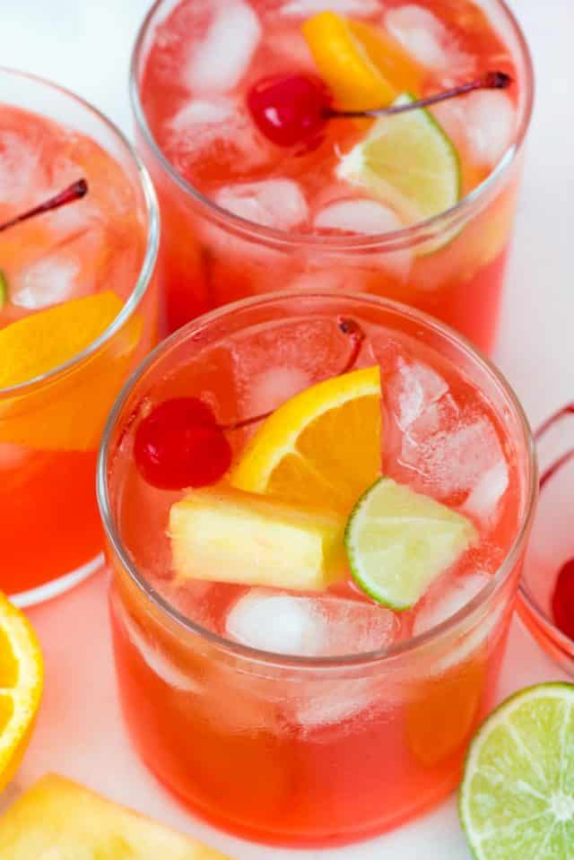 Three Gles With Vodka Party Punch And Fruit