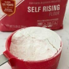 photo of self rising flour