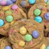 close up of cookies on plate
