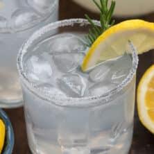 lemonade margarita in glass on the rocks