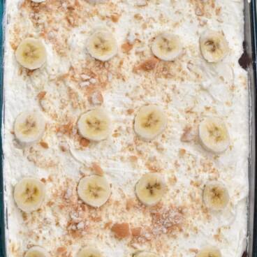 overhead shot of banana pudding cake