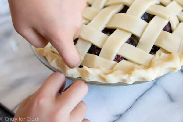 How to make a lattice pie crust tutorial