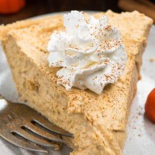 no bake pumpkin pie on white plate