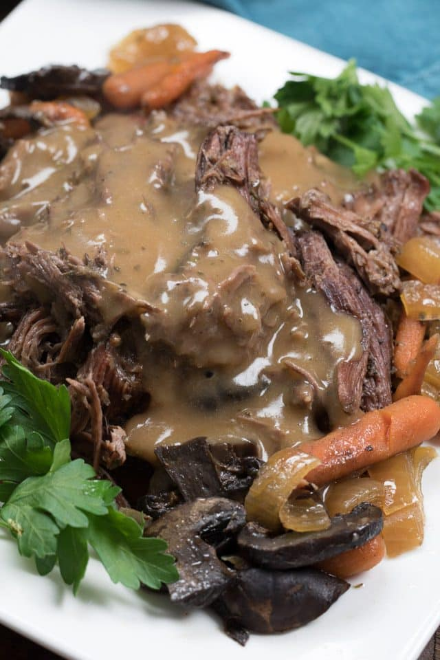 crockpot pot roast with gravy