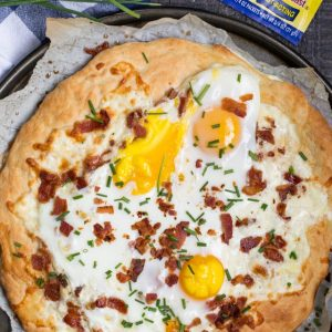overhead shot of homemade breakfast pizza
