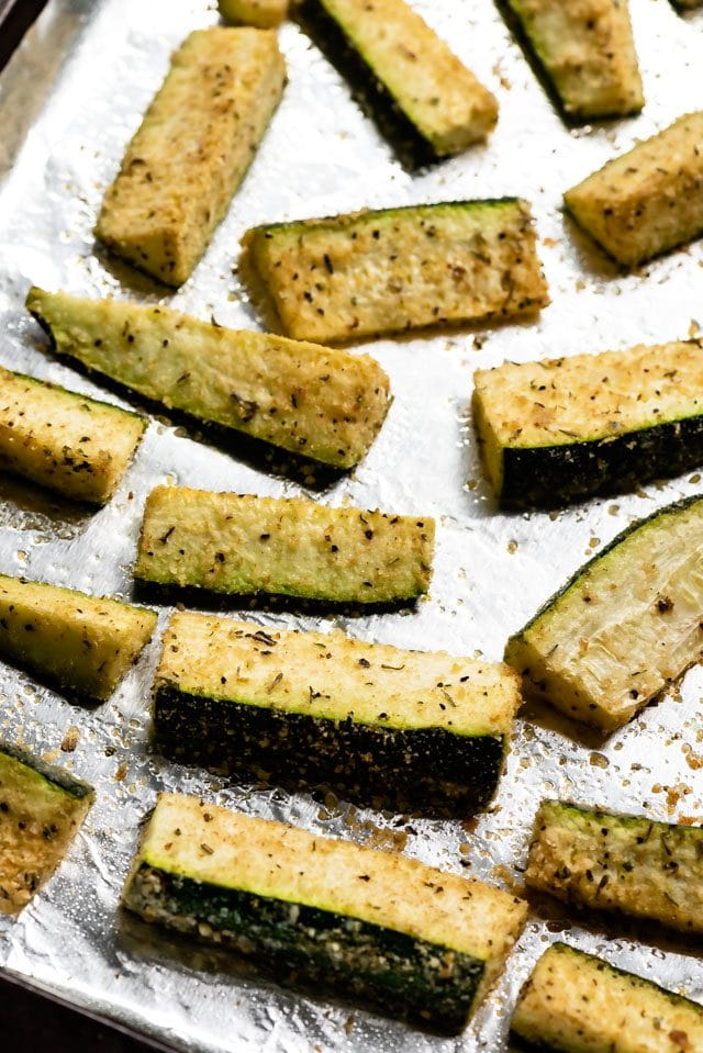 how to make parmesan roasted zucchini