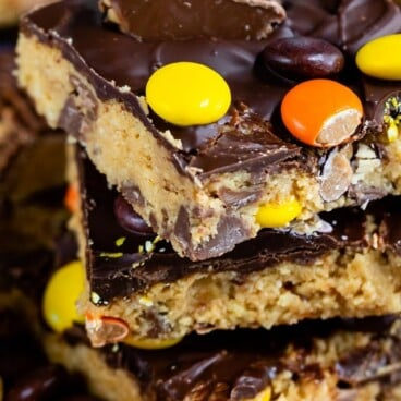 stack of no bake Reese's peanut butter bars