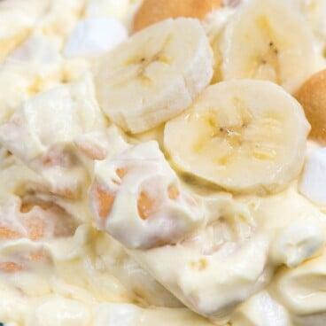 banana pudding fluff in bowl