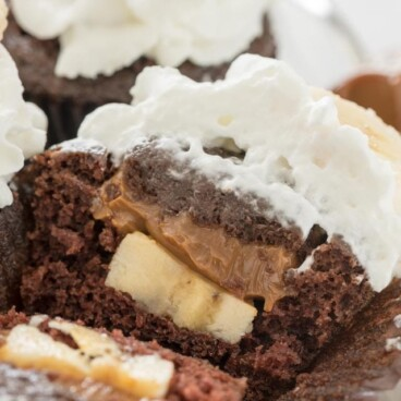 sliced open banoffee cupcake