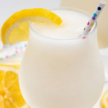 frozen lemonade with vodka in glass
