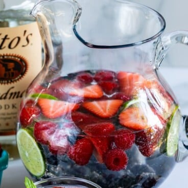 skinny vodka party punch in pitcher with fruit