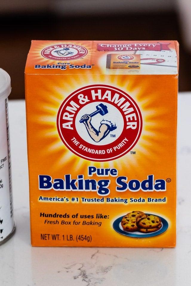 baking soda box