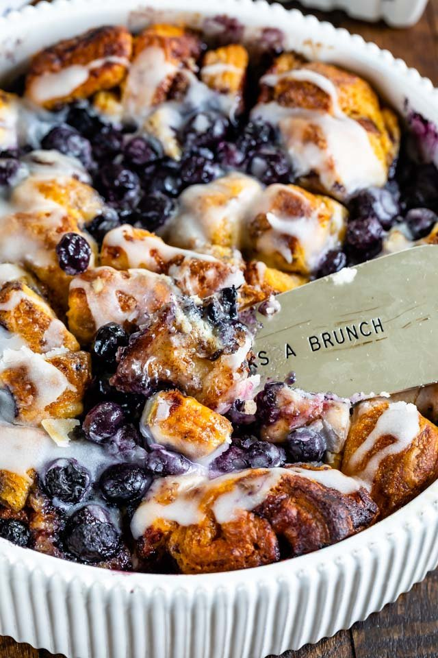 Breakfast blueberry cinnamon roll bake