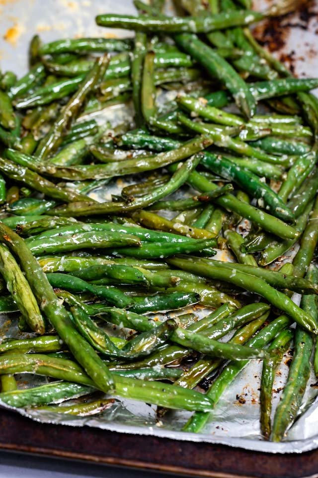 garlic green beans on pan