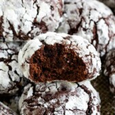 Chocolate crinkle cookie bite