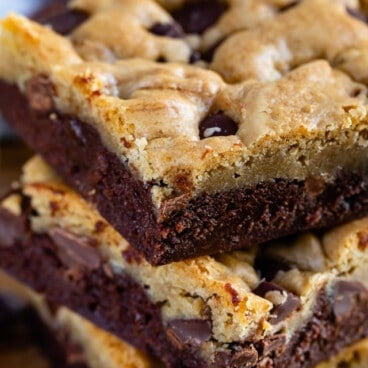 Chocolate chip brookies