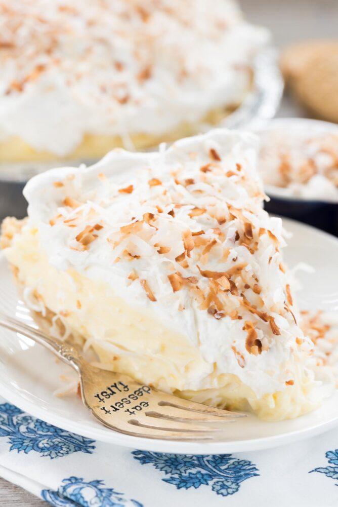 Simple coconut cream pie