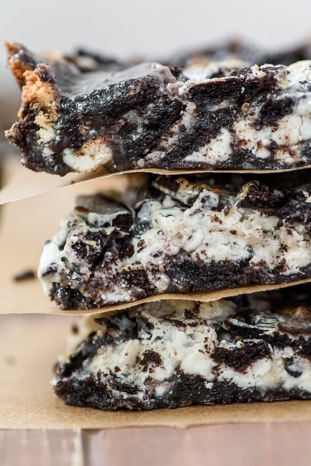 Best Oreo magic bars