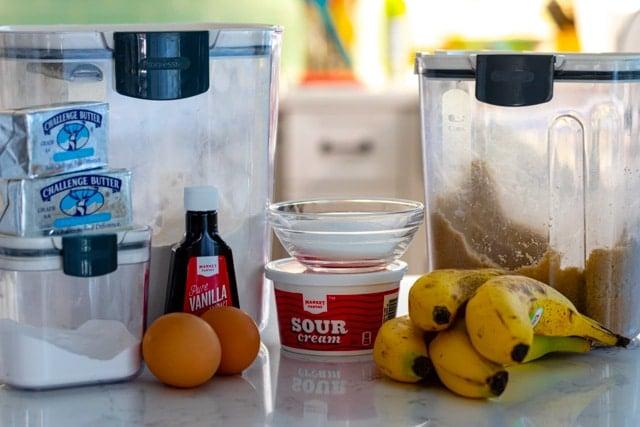 Banana bundt cake ingredients
