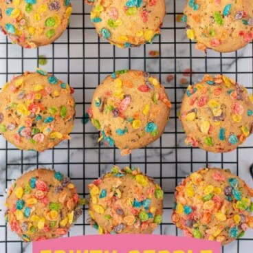 Fruity pebble muffins