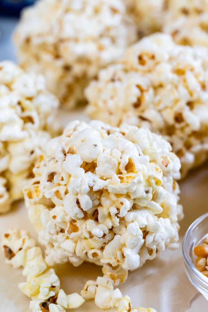Easy Popcorn Balls Recipe With Marshmallows Crazy For Crust