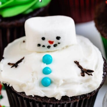 cupcake decorated like a melting snowman