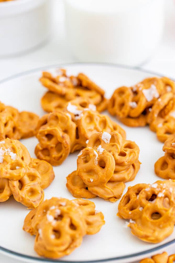 Close up of no bake pretzel cookies on a plate